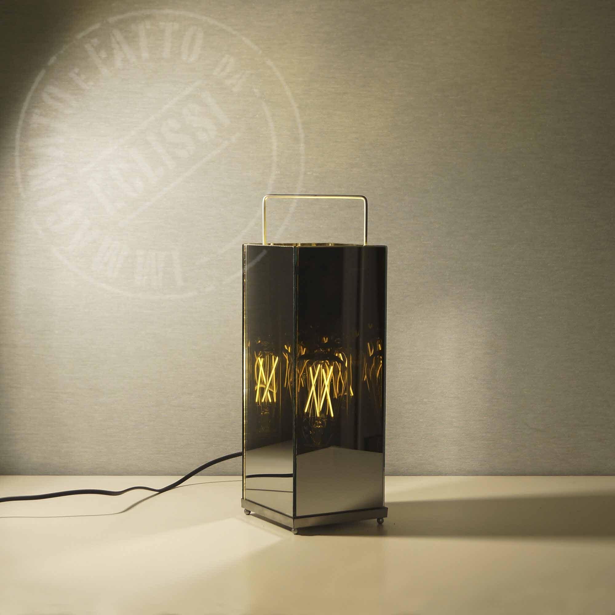 Lanterna con specchi